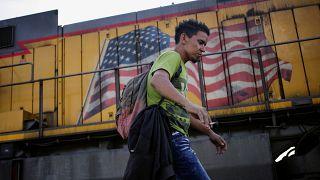 Trump'tan 'Yeşil Kart' adımı: Göçmenlere oturum hakkı için yeni kriterler getirildi