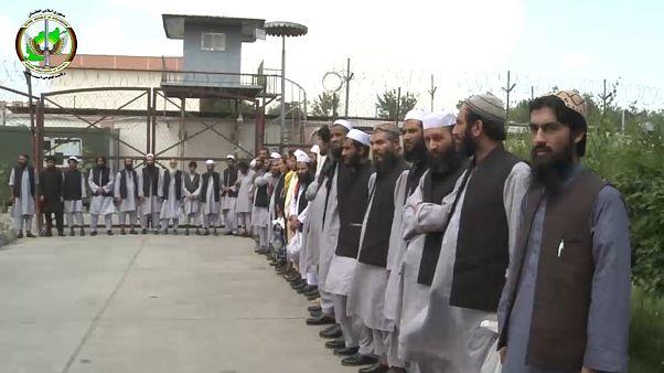 دولت افغانستان ۳۵ زندانی طالبان را برای «صلح و ختم جنگ» آزاد کرد