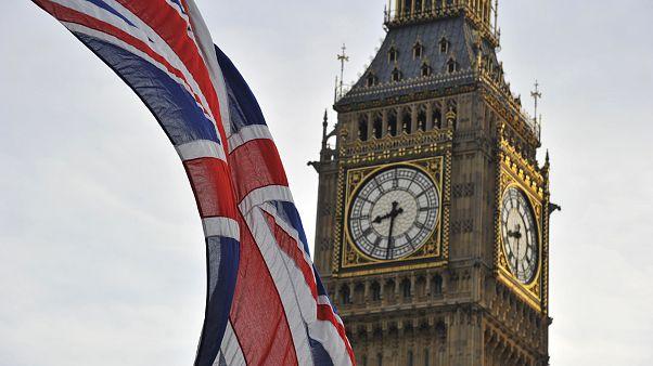 استطلاع: أغلبية البريطانيين يدعمون الخروج من الاتحاد حتى لو تطلب ذلك تعطيل عمل البرلمان