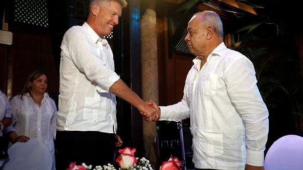 Empresa britânica desafia sanções dos EUA a Cuba