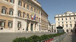 Vuelta forzosa de muchos parlamentarios para solventar la crisis de Gobierno en Italia