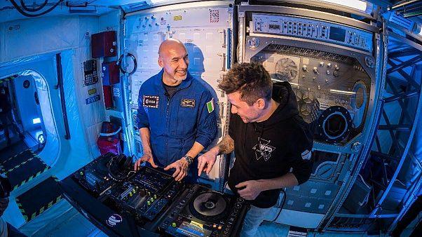 Астронавт сыграет сет для круизного лайнера на Ибице с борта МКС
