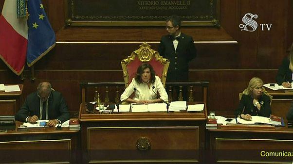 مجلس الشيوخ الإيطالي يؤجل نقاش حجب الثقة عن الحكومة