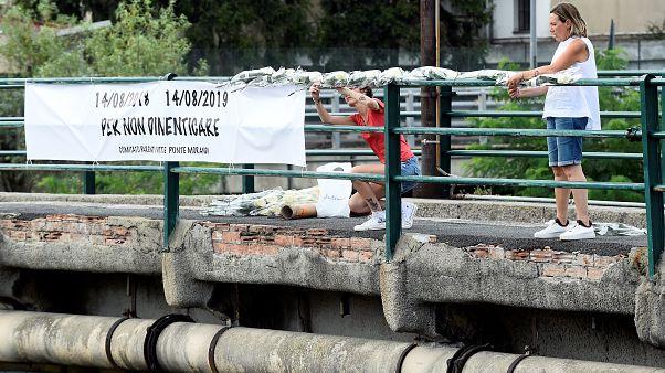 Genova piange le vittime del ponte Morandi
