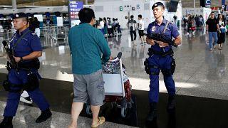 Hong Kong reanuda sus vuelos tras las protestas