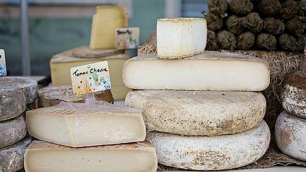 Avustralya, AB ile ikili ticaret anlaşmasını imzalarsa Feta gibi peynir isimlerini kullanamayacak