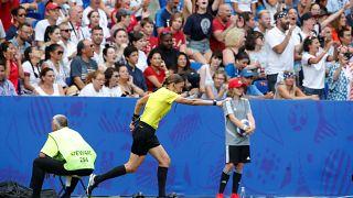 Кубок УЕФА: судят женщины