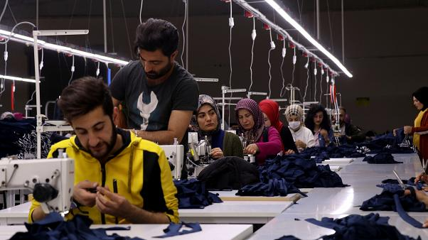 Türkiye'de işsizlik oranı 3,1 puan artışla yüzde 12,8 oldu; işsiz sayısı 4 milyon 157 bin