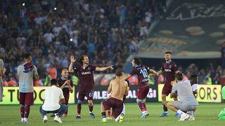UEFA Avrupa Ligi: Sparta Prag'ı 2-1 yenen Trabzonspor tur atladı; Yeni Malatyaspor elendi