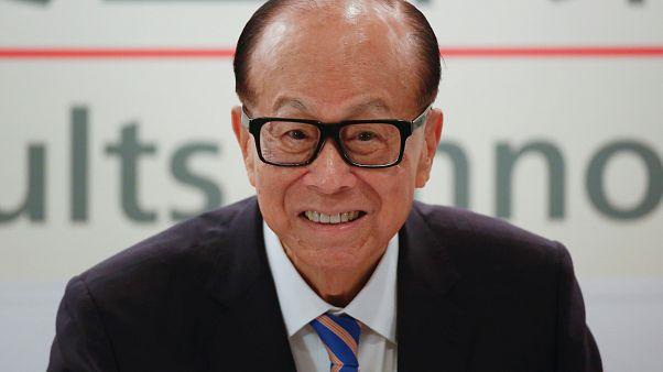 ي كا-شينغ أغنى أغنياء هونغ كونغ