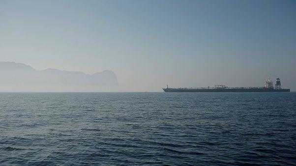 رئیس دولت محلی جبل الطارق: نفتکش ایرانی هر وقت آماده بود میتواند برود