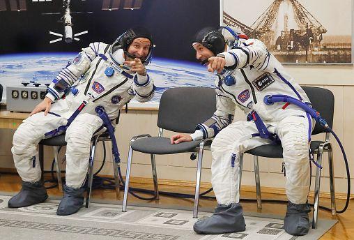 NASA'dan Andrew Morgan ve Avrupa Uzay Ajansı'ndan Luca Parmitano