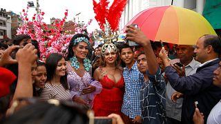 شاهد: مسيرة المثليين السنوية في النيبال
