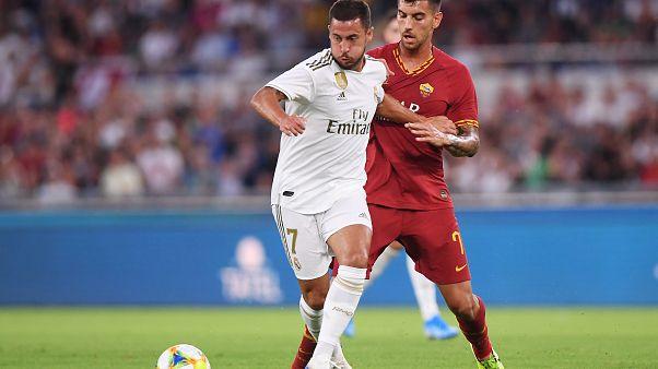 هازارد من ريال مدريد في مباراة مع لورنزو بيليغريني  11 أغسطس آب 2019 روما إيطاليا