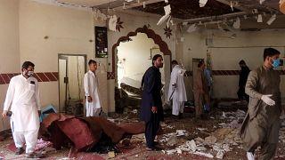 Pakistan'da patlama sonrası caminin durumu