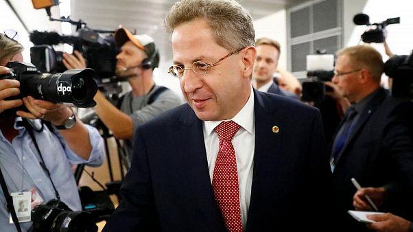 Kramp-Karrenbauer will Maaßen (56) nicht aus der CDU werfen