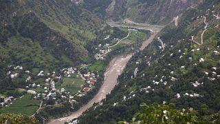 عقب جلسة مجلس الأمن بشأن كشمير.. الهند وباكستان تتبادلان إطلاق النار عبر الحدود