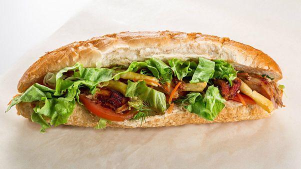 تاخیر در تحویل ساندویچ؛ مشتری مسلح گارسون فرانسوی را کشت