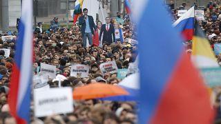 محتجون روس في مظاهرة في العاصمة موسكو