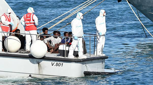 Open Arms migrant boat: Salvini concession as children leave stranded vessel