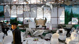 أضرار خلفها الانفجار داخل قاعة حفل زفاف في العاصمة الأفغانية كابل