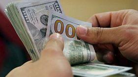 ادامه صعود دلار در بازار ایران؛ قیمت طلا کاهش یافت
