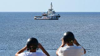 موسسه «آغوش باز»: به دلیل شرایط اضطراری در کشتی نمی توانیم به اسپانیا برویم