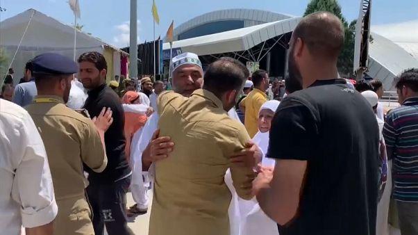 بعد عودتهم من السعودية.. حجاج من كشمير يعربون عن قلقهم بشأن الوضع في الإقليم
