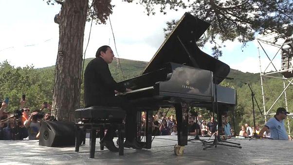 Video | Piyanist Fazıl Say'dan Kaz Dağları'nda 'Su ve Vicdan Nöbeti' eylemcilerine destek konseri