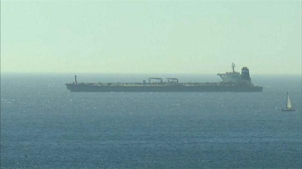 """Navio iraniano """"Grace 1"""" pronto para seguir viagem"""