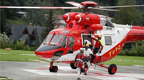 أعضاء فريق الإنقاذ