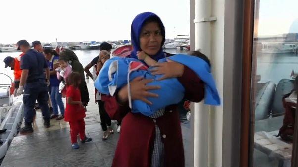 Turquía intercepta a 330 migrantes que se dirigían a la isla griega de Lesbos