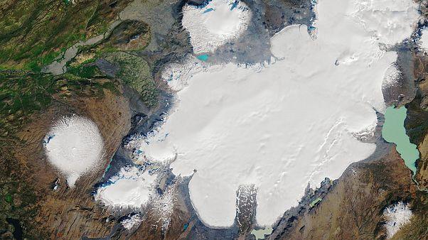 «Τιμή» στον παγετώνα που χάθηκε