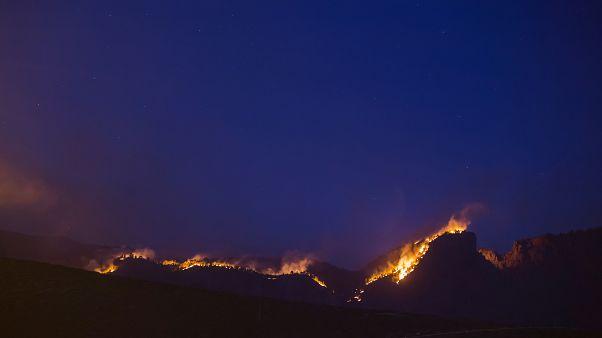 El fuego en el Parque Natural de Tamadaba, en Gran Canaria