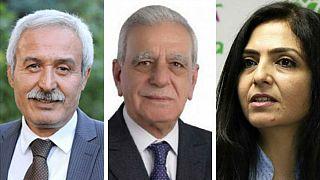 ترکیه شهرداران سه شهر کردنشین را به اتهام ارتباط با حزب کارگران کردستان برکنار کرد