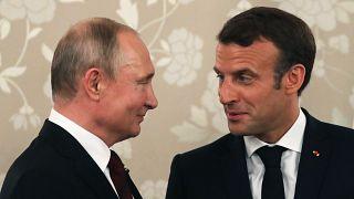 Putin incontra oggi Macron. Sul tavolo: Iran, Siria, Ucraina