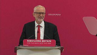 """""""Brit Trumpnak"""" titulálta Johnsont Corbyn"""