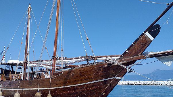 Στο Παλιό λιμάνι της Κέρκυρας έδεσε την Κυριακή 18 Αυγούστου 2019, το βράδυ το 40μετρο παραδοσιακό ξύλινο σκάφος του Κατάρ
