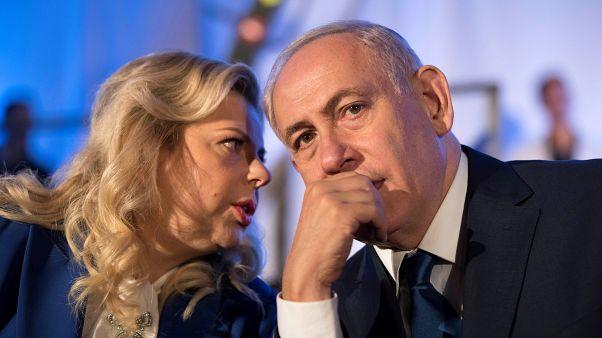 Супруга Нетаньяху выбросила кусок украинского каравая