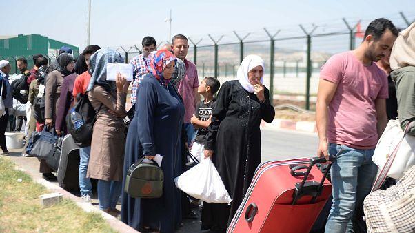 Kurban bayramı dolayısıyla ülkelerine giden Suriyeliler, Türkiye'ye geri dönüyor.