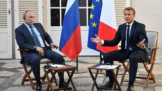 "Bilaterale, Macron a Putin: ""Siete Europa"""