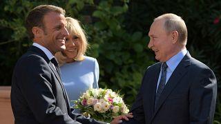 Макрон и Путин в Брегансоне