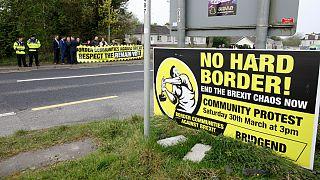 اعتراض به محدودیت های مرزی بین دو ایرلند