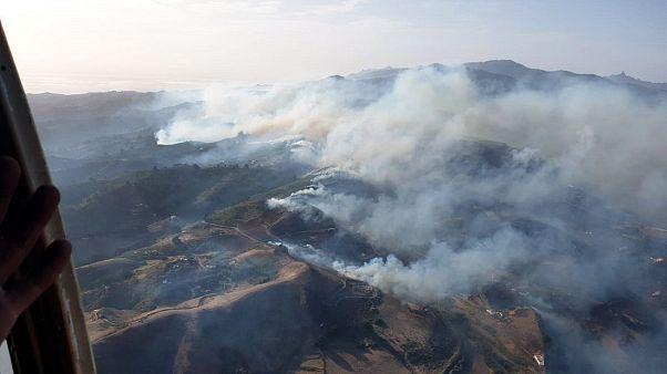 Gran Canaria: a tűzvész elérte a nemzeti parkot