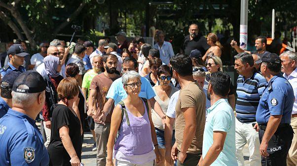 Diyarbakır'da vatandaş belediye başkanlarının görevden alınmasına ne diyor?