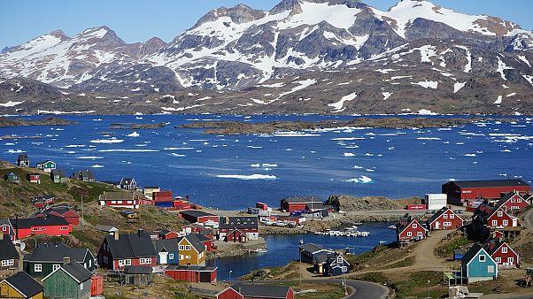 تجاهلٌ أم سخرية؟ بعد رفض الدنمارك بيع غرينلاند.. ترامب يعد بعدم بناء فندقه هناك!