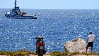 Сицилийский прокурор распорядился задержать судно Open Arms