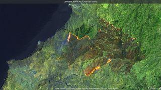 La magnitud de los incendios en la isla española de Gran Canaria visible desde el espacio