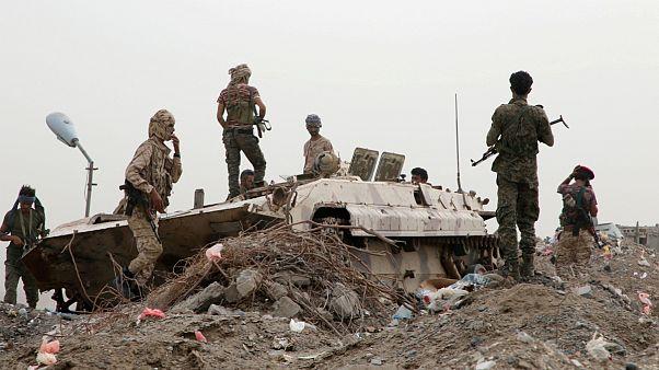 ادامه تنش ها در جنوب یمن؛ جدایی طلبان دو پایگاه نظامی دیگر را تصرف کردند