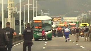 Βραζιλία: Oμηρία σε λεωφορείο